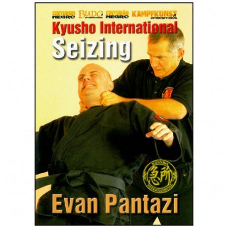 Kyusho international. Vol.18, Seizing  - Evan Pantazi