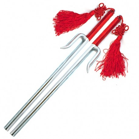 JUTTE, avec pompon rouge, 41 cm - CHROME - La paire
