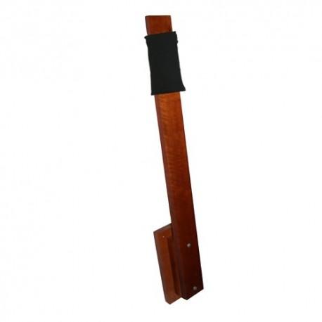 Poteau de makiwara en bois + Cible en mousse adaptée au poteau